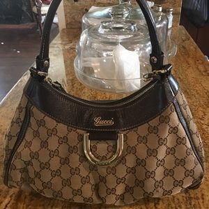 💯authentic Gucci hobo bag